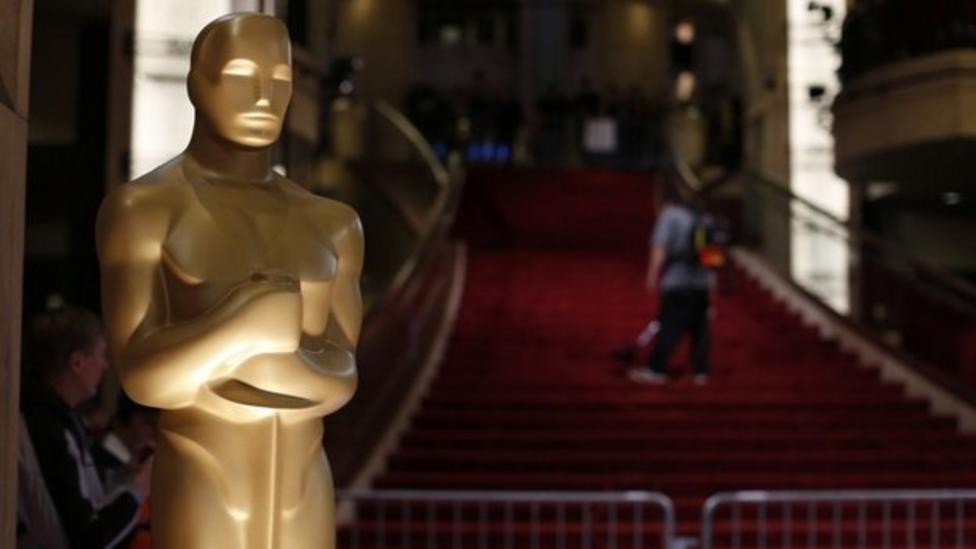 Oscars red carpet tour
