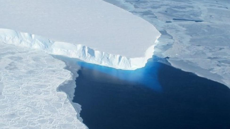 Giant glaciers 'melting' says NASA