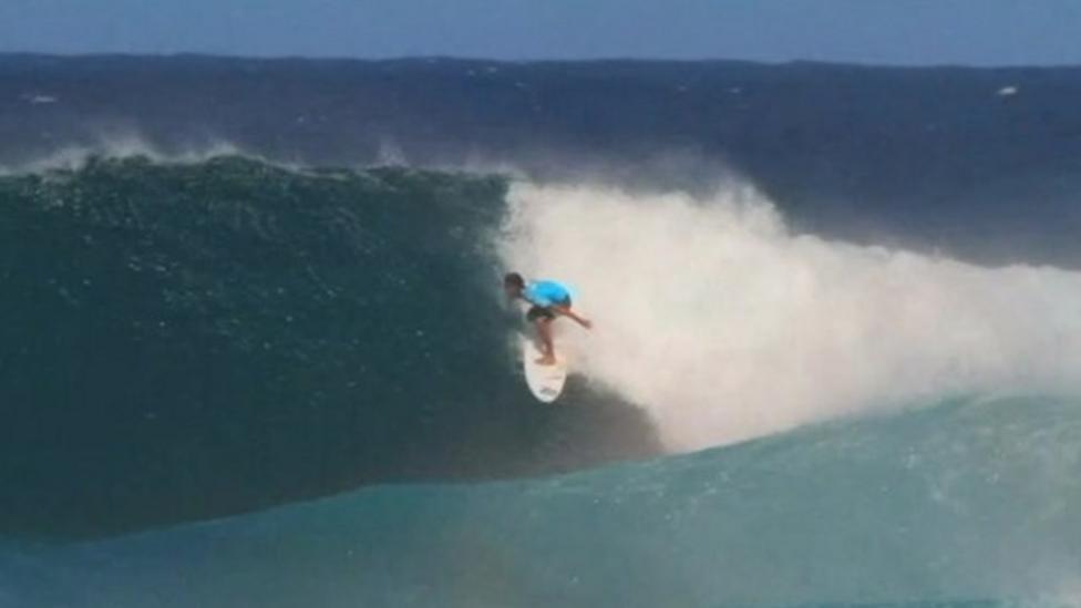 Man-made surfing lake makes waves