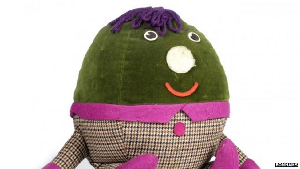 Humpty Dumpty sells for £6,000