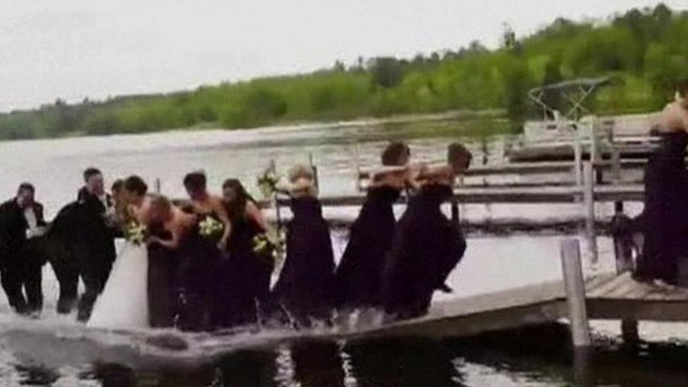 Wedding party make a splash