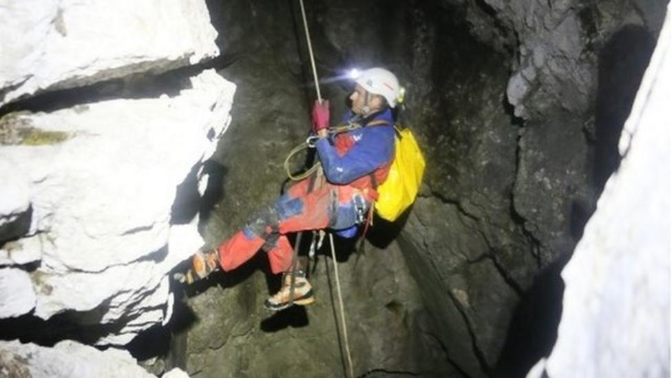 Man trapped in Germany's deepest cave