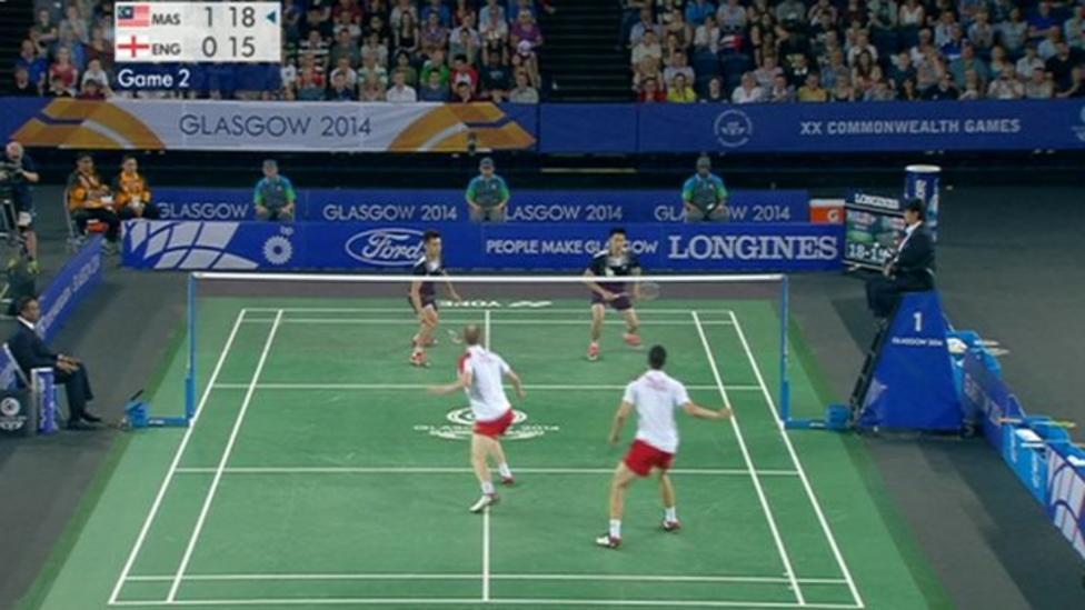 Amazing 59-shot badminton rally
