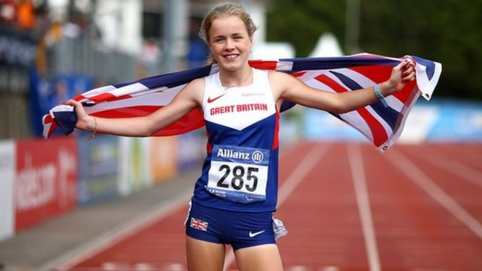 Teenager Maria Lyle wins second gold