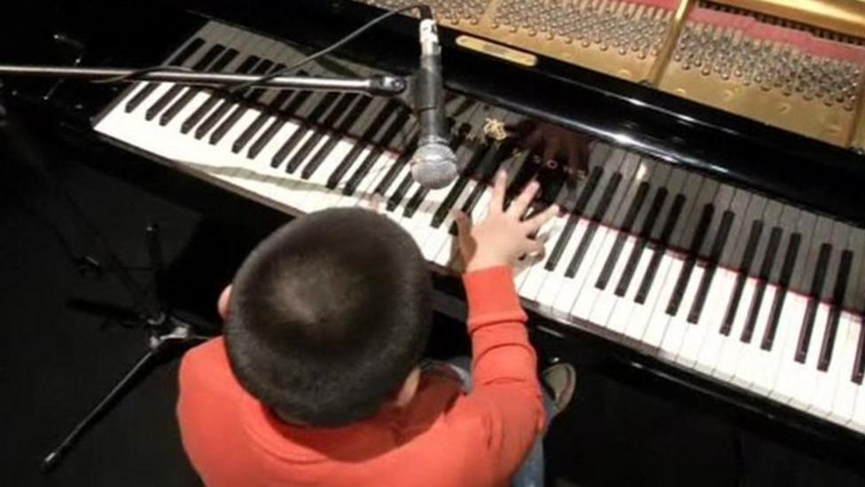 Amazing nine-year old jazz musician