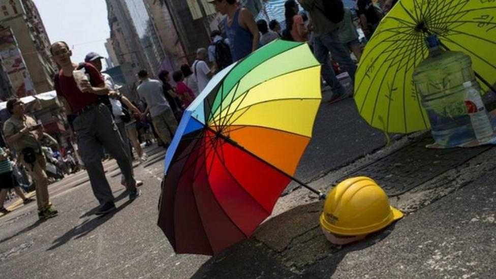 Hong Kong protests die down