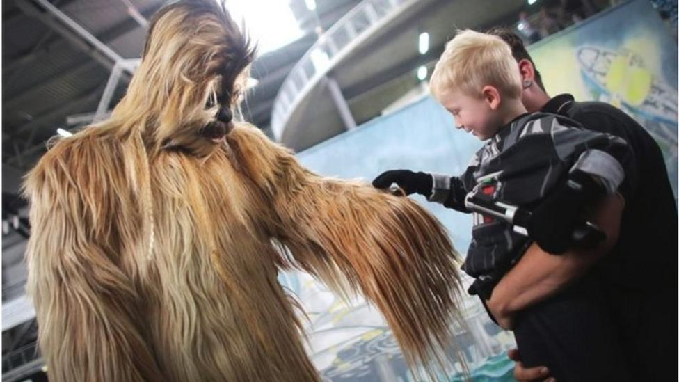 Star Wars convention for the senses