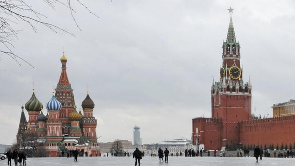 Russian clocks go back for last time