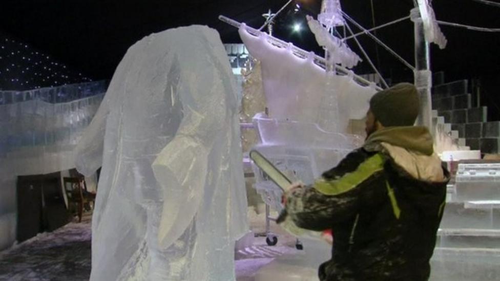 Sculptors create icy wonderland