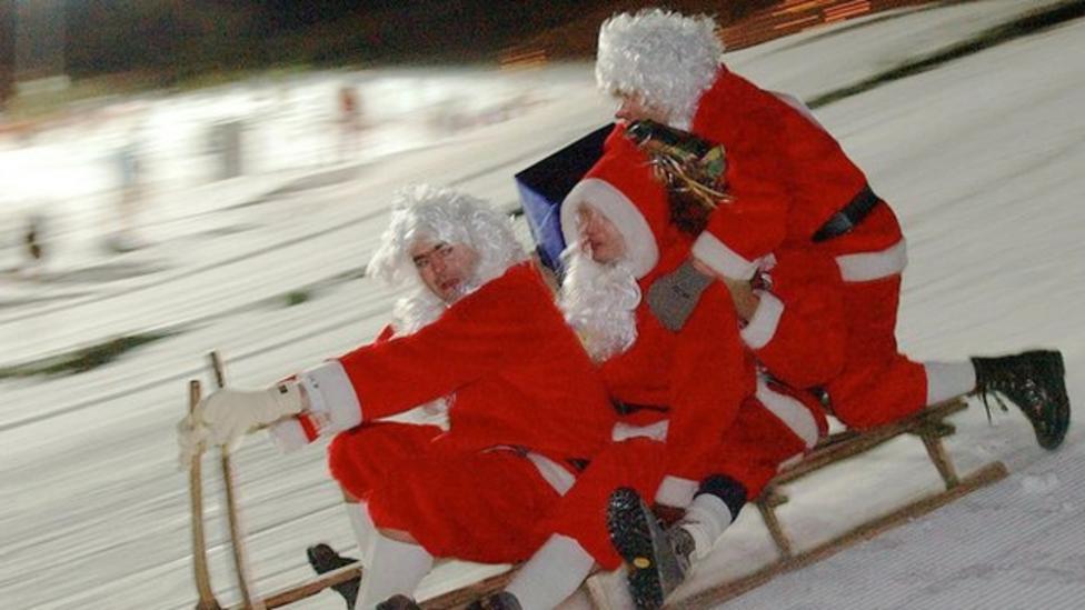 Watch: World Santa Championships