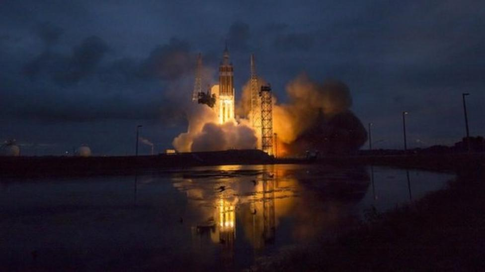 Top space moments of 2014