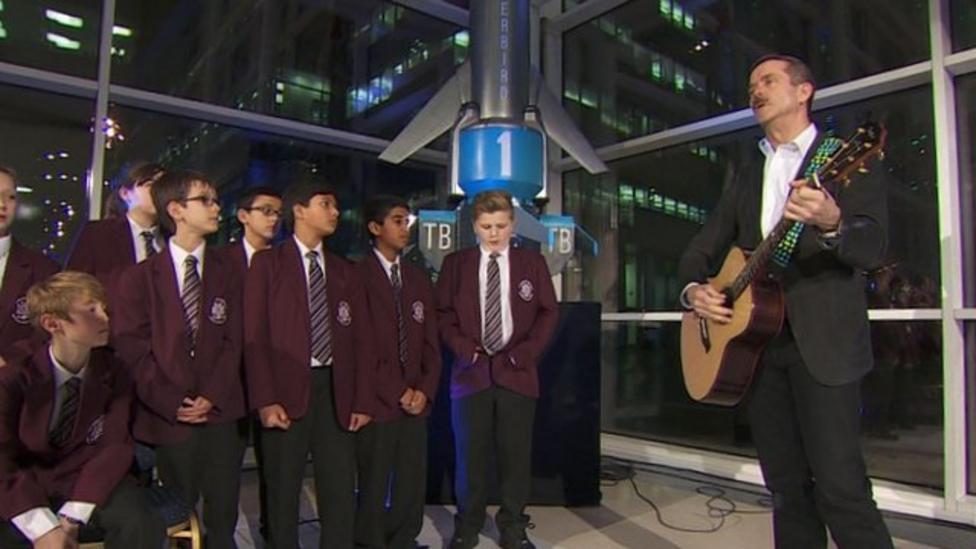 Chris Hadfield sings space lullaby