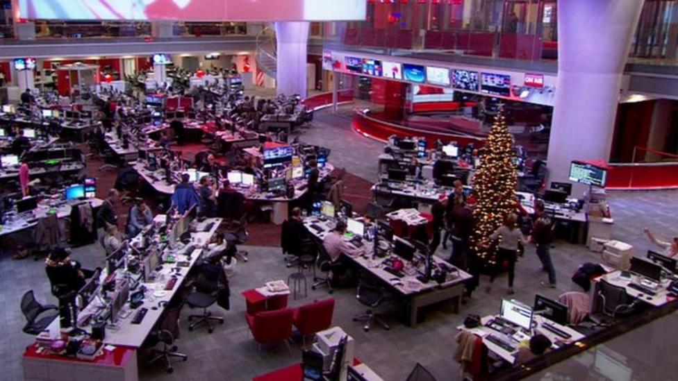 Christmas dance spotted in BBC newsroom