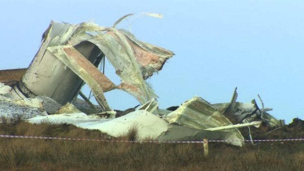 Wind turbine collapses in Northern Ireland