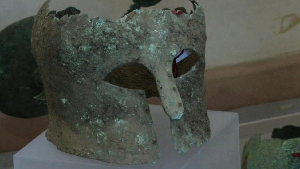 'Biggest' Italy treasure trove found