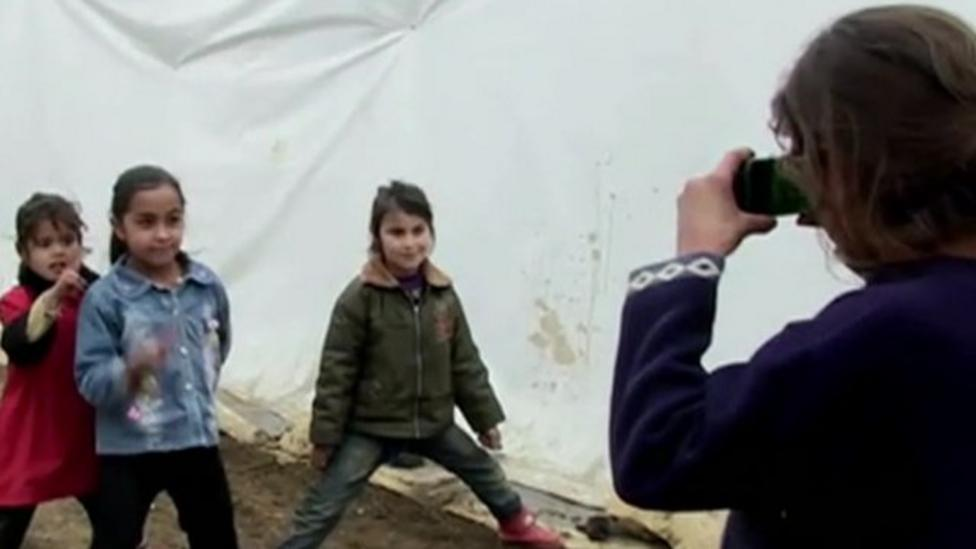 Syrian kids photograph their lives