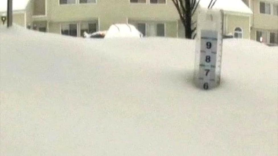 Time-lapse snaps build up of US snow