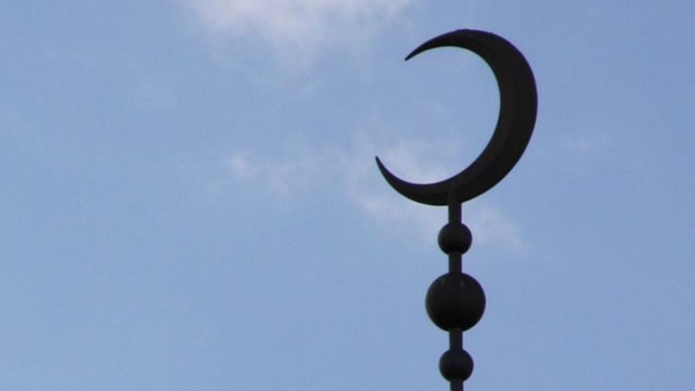 Sunni and Shia - Islam's two beliefs