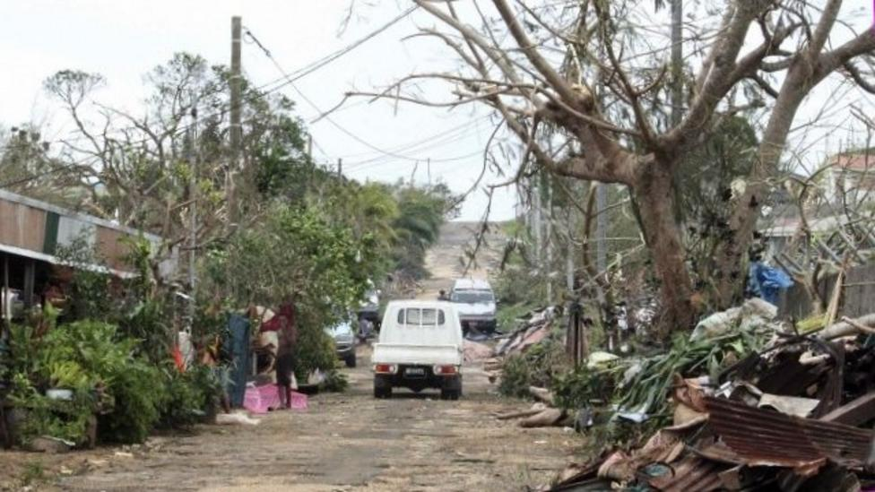 Cyclone Pam leaves thousands homeless