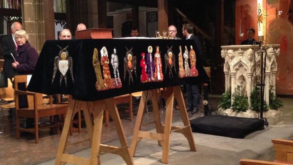 Richard III set for reburial