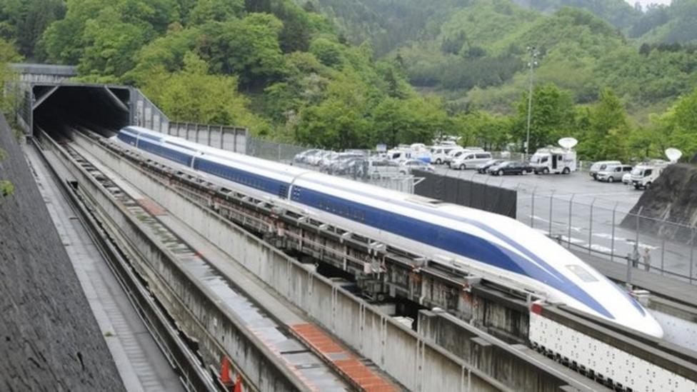 Japan train breaks speed record