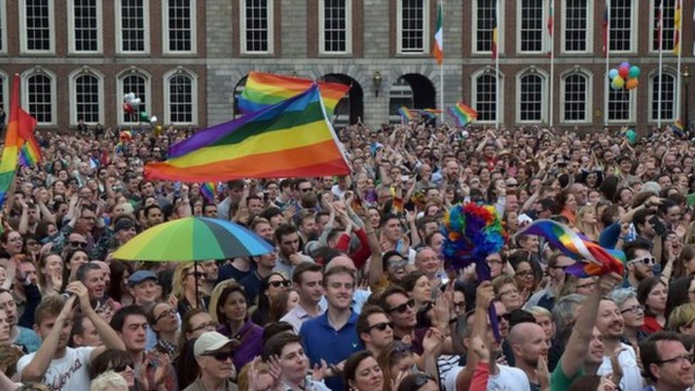 Ireland votes for gay marriage