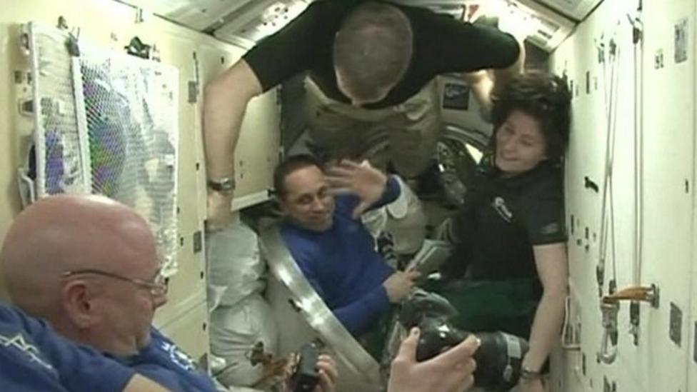 Astronauts prepare for return to earth