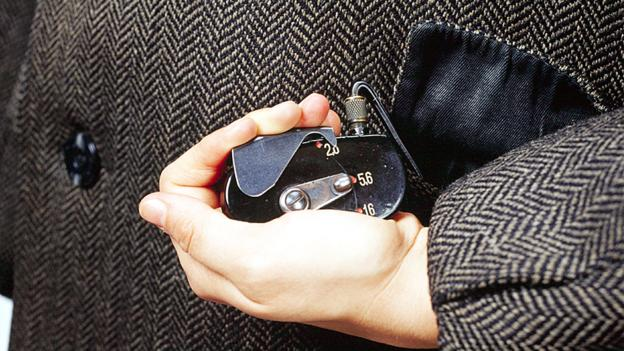 BBC - Future - The best 'low-tech' spycraft tricks