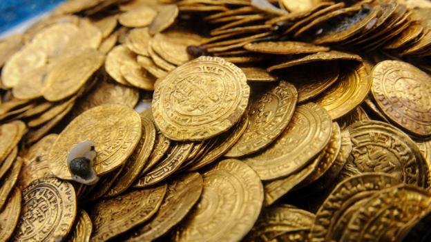 BBC - Future - How do you find a shipwreck's lost gold?