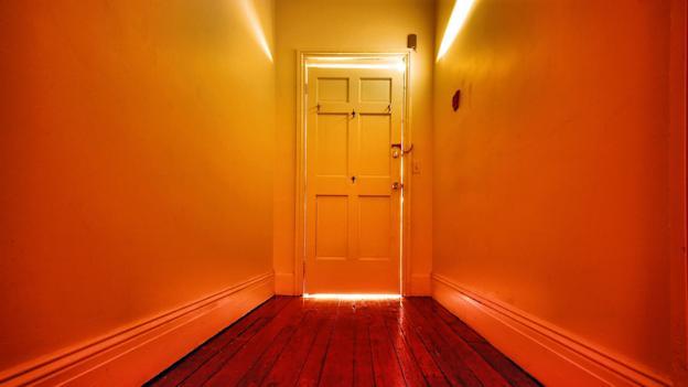 Why does walking through doorways make us forget?