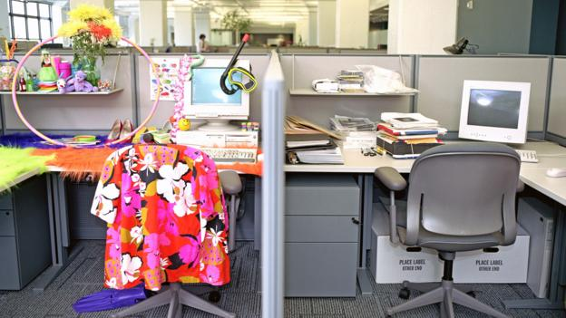 What's so wrong with dressing up your desk? - BBC Worklife