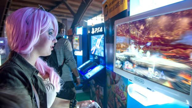 Harsh realities of being a professional 'girl gamer'