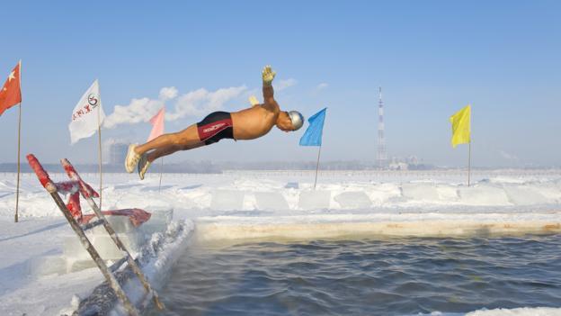 BBC - Future - Is cold-water swimming worth the sacrifice?