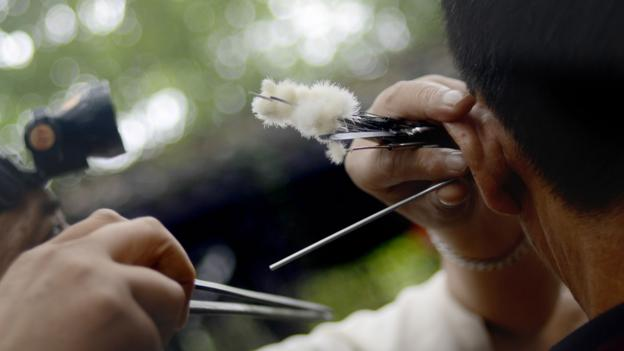 BBC - Travel - In China, Chengdu's peculiar ear-cleaning custom