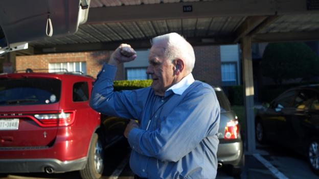 This 85-year-old Texan can't wait to pick you up