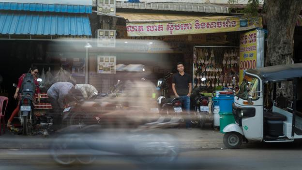 Building an empire in Cambodia – starting wtih pirated CDs