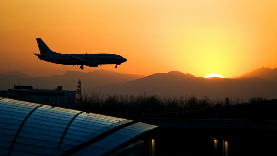 This is why China's airports are a nightmare - BBC Worklife