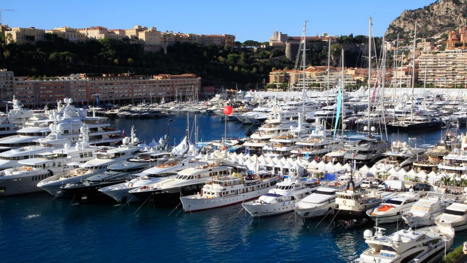 Inside The Life Of A Yacht Broker To The Rich And Famous Bbc Worklife