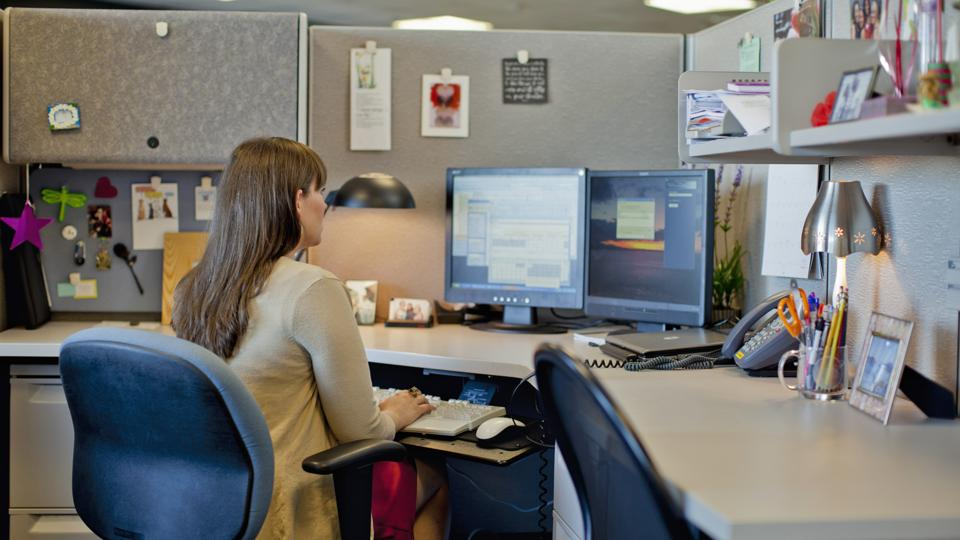 Why open offices are bad for us - BBC Worklife