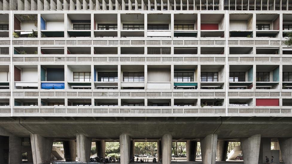 L'Unite d'Habitation exterior