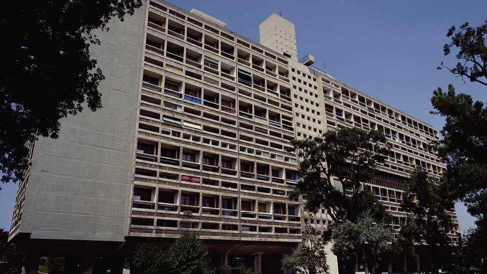 The 337 apartments are arranged over 12 storeys. Le Corbusier likened the frame of L'Unité to a wine rack in which individual units functioned as the bottles. (Corbis)