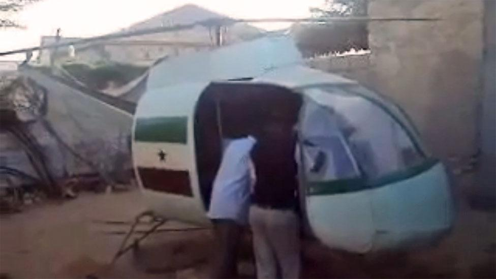 Somalians Mohamed Abdi Barkadle, Saed Abdi Jide and Abdi Farah Lidan tried to build a helicopter with the aim of using it to fight fires.