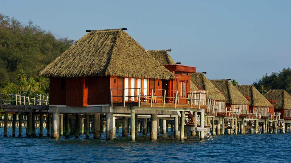 Accommodation on the water