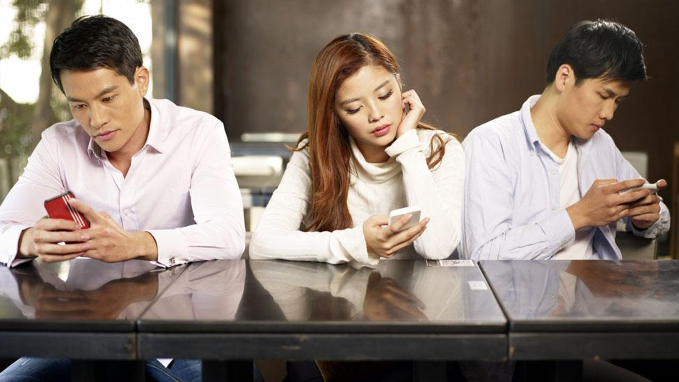 Millennials are easily distracted by cyberslacking at the office. (Credit: Thinkstock)