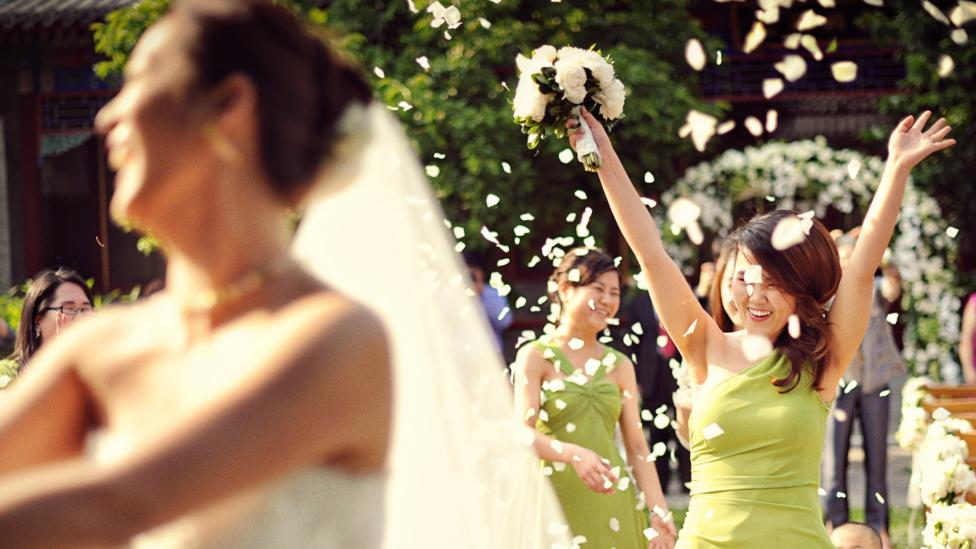 China has put its own mark on some Western wedding traditions. (Credit: Weddings by Ling)