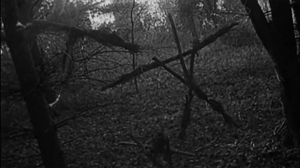 In Blair Witch, three students venture into the Maryland woods and find ominous arrangements of twigs and stones (Credit: Artisan Entertainment)