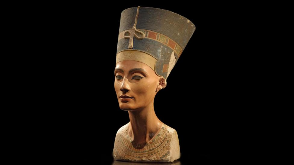 When this bust of Nefertiti was discovered in 1912, the queen instantly became a sex symbol of the ancient world  (Credit: Philip Pikart/Wikipedia/CC BY-SA 3.0)