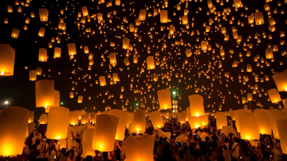 Chinese lanterns seen from afar bedeviled the MOD during its UFO project (Credit: Zoonar GmbH/Alamy)