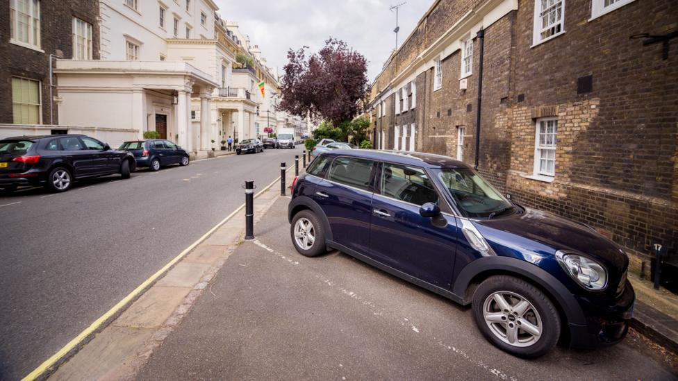 A parking space on Hyde Park Gardens in London was listed for £350,000 ($500,000). (Credit: Yourparkingspace.co.uk)