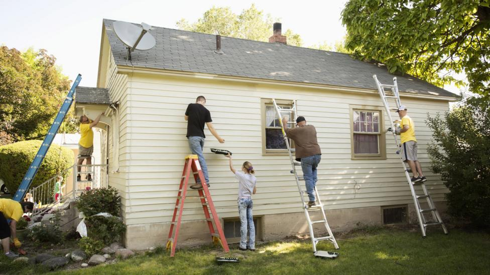 Ensure you have a team of adept handymen in place before you start a renovation (Credit: Getty Images)